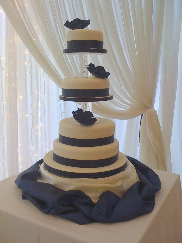 Cakes To Crawfordsburn And Newcastle Jennys Cake Blog Wedding Cakes And Birthday Cakes