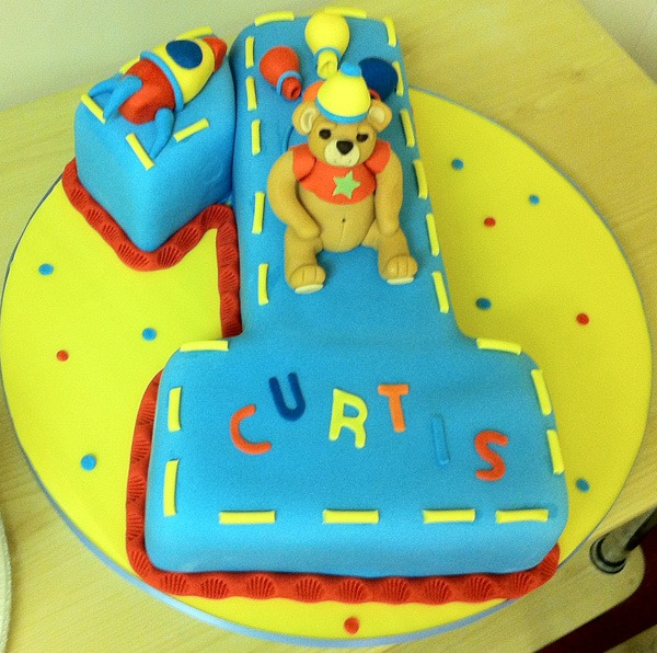 Birthday Cake Pictures For Toddlers : Kids Birthday cakes   Jenny s Cake Blog   Wedding cakes ...
